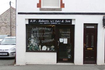 RW Roberts & Son