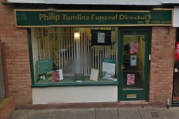 Philip Tomlins Funeral Directors, Worcester