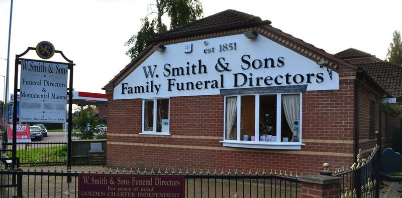 W Smith & Sons (Nuneaton)