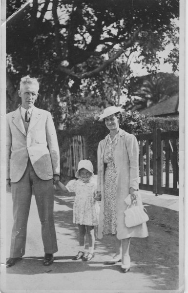 Molly with her parents in Capetown 1938