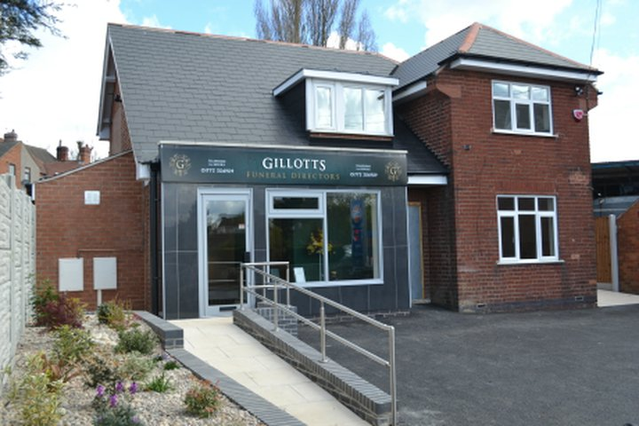 Gillotts Funeral Directors, Selston