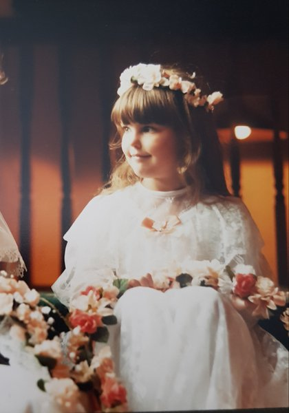 Lisa you were a gorgeous little flower girl for us,always beautiful inside and out 💕💕💕