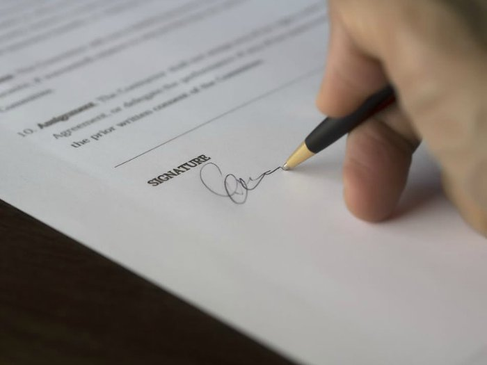 Signing a lasting power of attorney document
