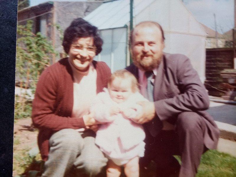 Robert and Iris with young Sarah