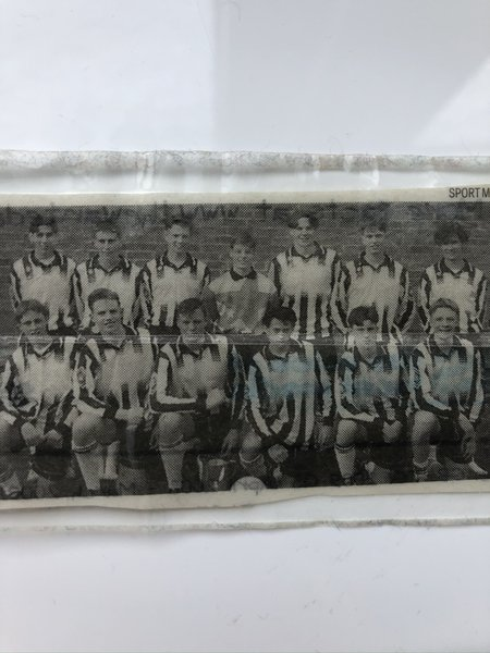 School senior team 1994 Robin is back row 2nd from the right.  Although I haven't seen you for nearly 20 years. I know I will still miss you. Rest in peace Rob.