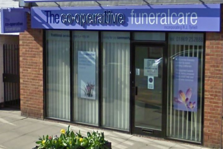 Co-operative Funeralcare (Midcounties), Bicester