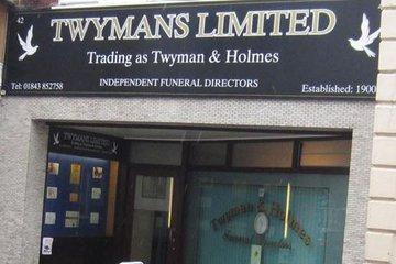 Twyman & Holmes