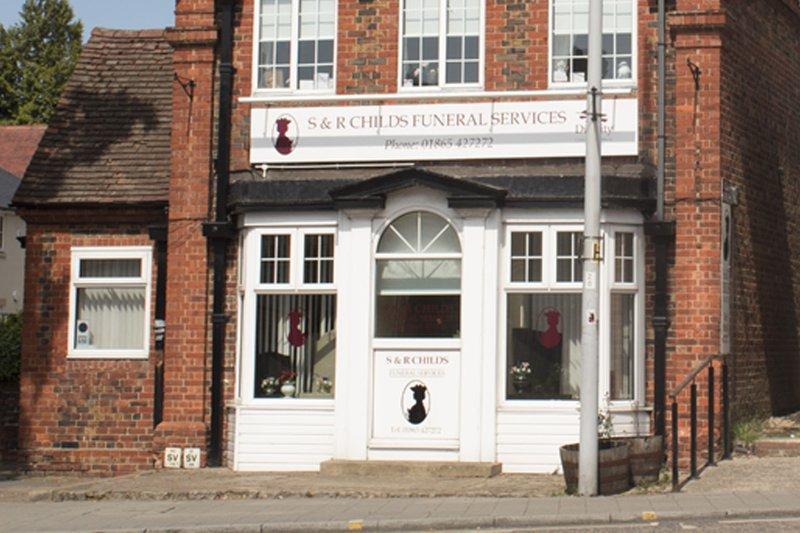 S & R Childs Funeral Directors, Headington