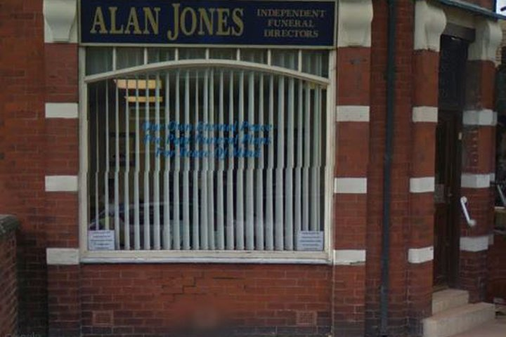 Alan Jones Funeral Directors, Ashland House