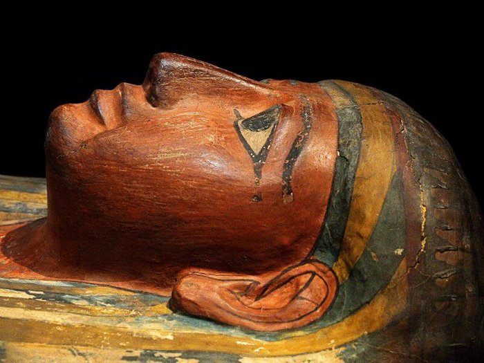 Detail of an ancient Egyptian coffin, an example of continuing bonds with those who have died