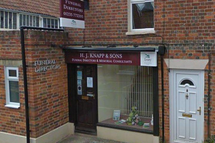 H.J Knapp & Sons Funeral Directors