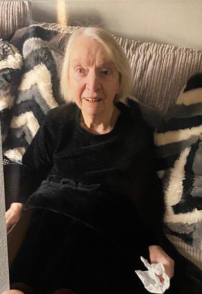 Joan Raeburn