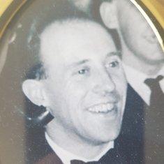 Raymond Dicker