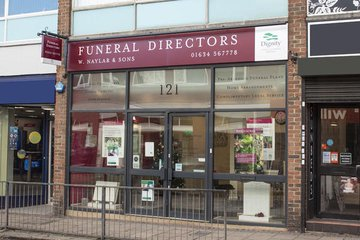 W Naylar & Sons Funeral Directors, Strood
