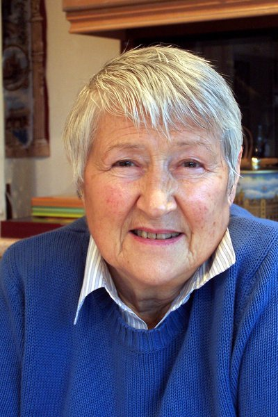 Auntie Jane as I knew her. Photo taken in January 2007 in her kitchen.