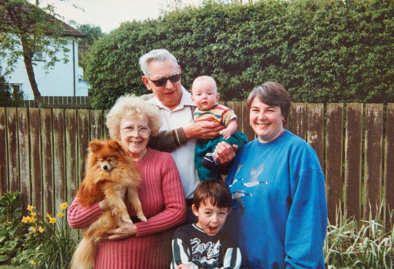 Val, Steven, David, Pete, Joan and Pippin at Greenacres, circa 1996