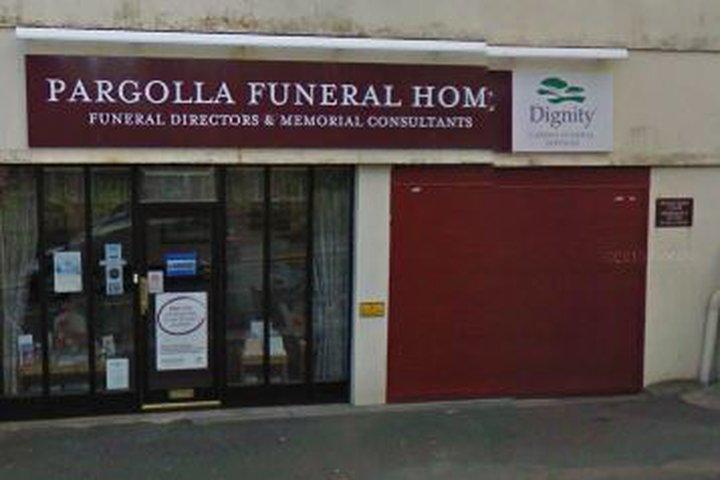 Ken Newcombe Funeral Directors, Pargolla Funeral Home