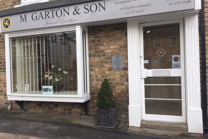 M Garton & Son Funeral Directors, South Cave