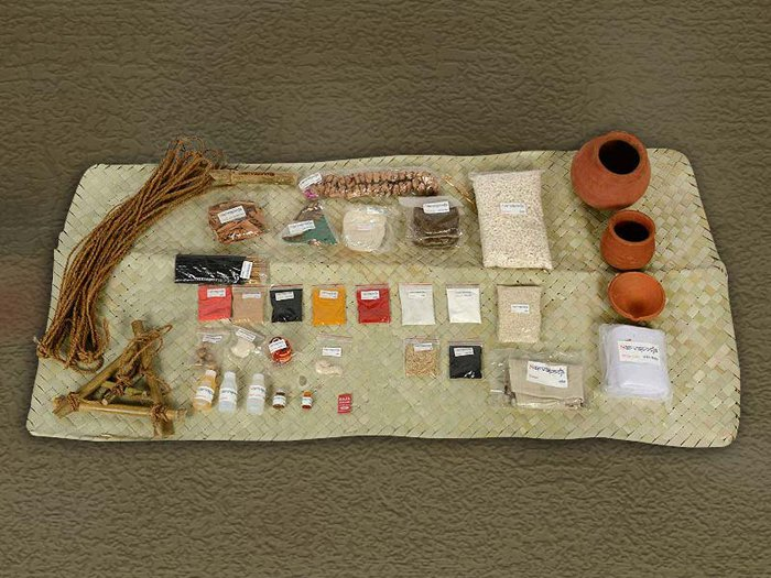 an array of items to be found in the Sarvapooja kits for Hindu funeral rites