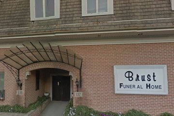Brust Funeral Home, Lombard