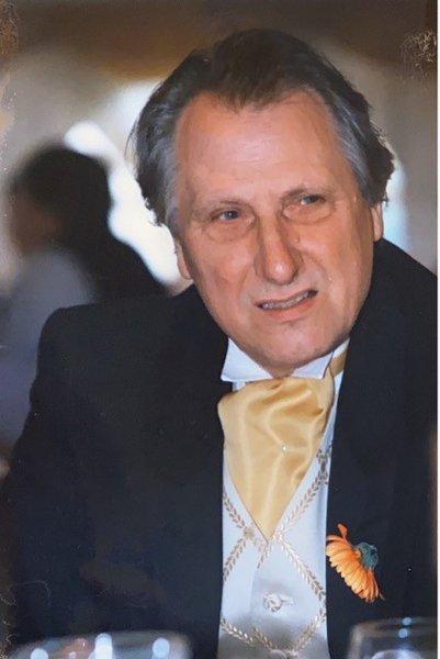 Graham Brill