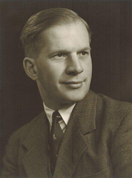 Kenneth George Walter White