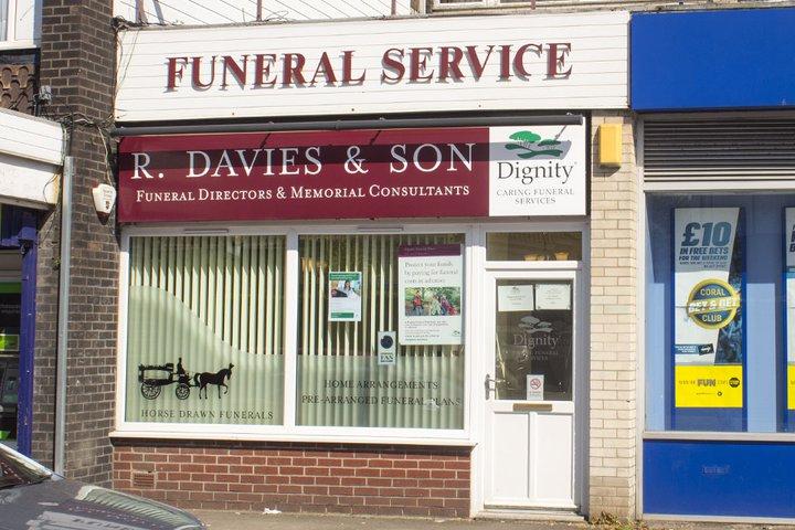R Davies & Son Funeral Directors, Bishopsworth