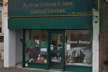 Andrew Holmes & Son, Hounslow