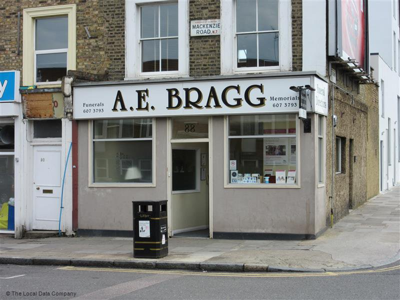 A E Bragg Funeral Directors, London, funeral director in London