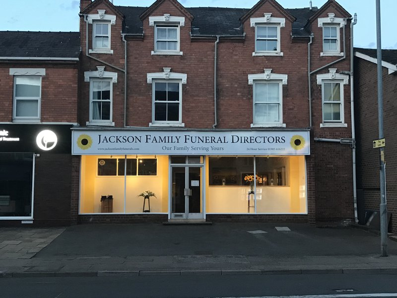 Jackson Family Funeral Directors, Worcester, Worstershire, funeral director in Worstershire