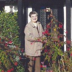 Barbara Ethel Amor
