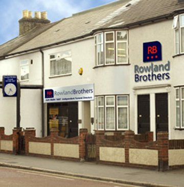 Rowland Brothers Warlingham, London, funeral director in London