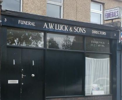 Arthur W Luck & Sons