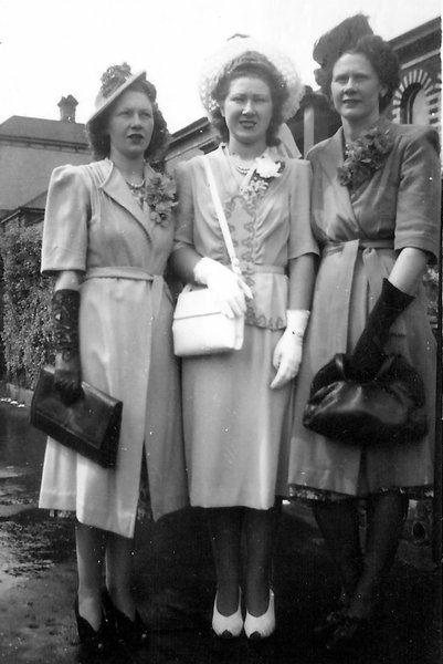 Nan with her sisters