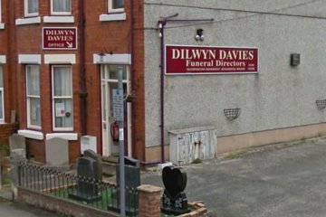 Dilwyn Davies