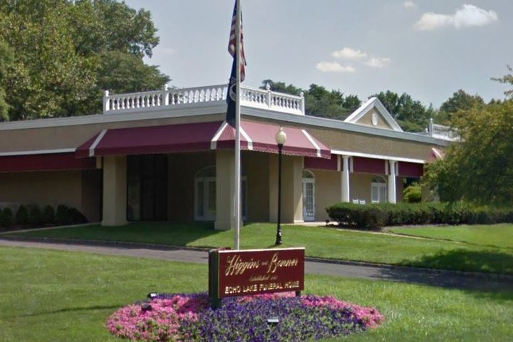 Higgins & Bonner Echo Lake Funeral Home