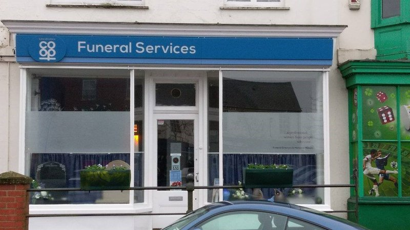 Lincolnshire Co-op Spilsby Funeral Home, Lincolnshire, funeral director in Lincolnshire