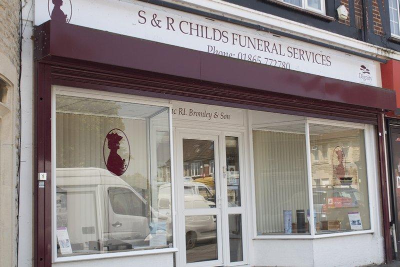 R L Bromley & Son Funeral Directors