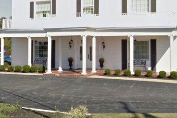 Mccully-Polyniak Funeral Home PA, Pasadena