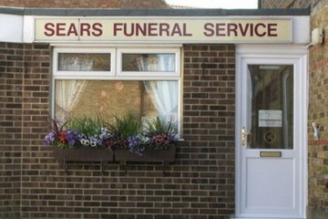 Sears Funeral Directors, Maidstone Thornhill Place