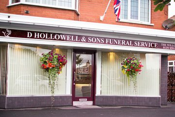 D Hollowell & Sons, The Willows