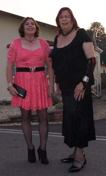 Going out for a wonderful evening with a wonderful friend two minx ready to rock and roll.