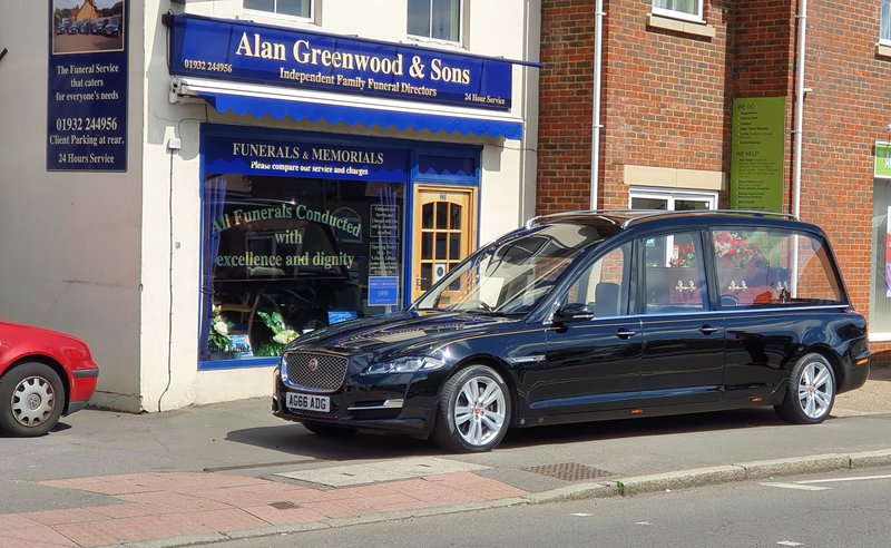 Alan Greenwood & Sons Walton on Thames, Surrey , funeral director in Surrey