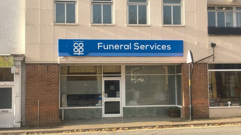 Lincolnshire Co-op Holbeach Funeral Home, Lincolnshire, funeral director in Lincolnshire