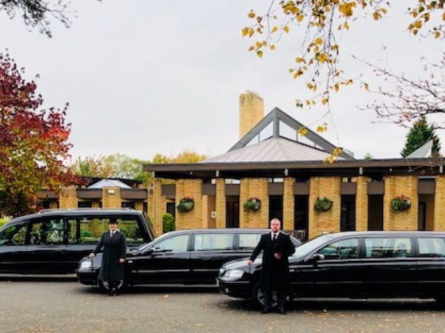 Kinton & Daughter Funeral Services Ltd, Castle Donington, Derby, funeral director in Derby