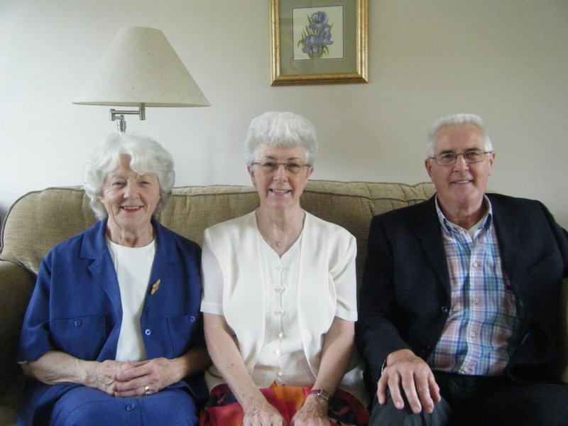 Uncle Jim with his two sisters Barbara and Kate xx