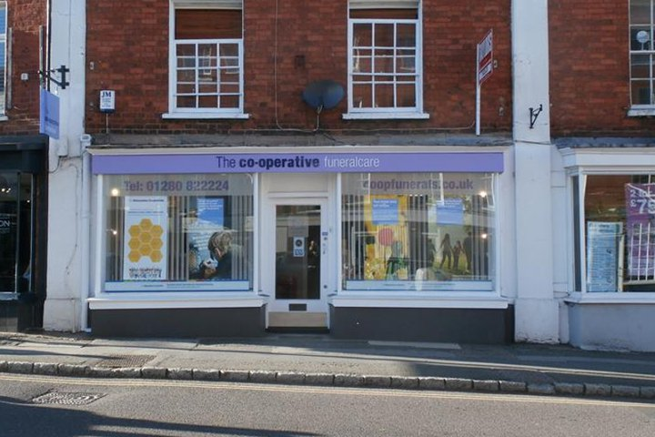 Co-operative Funeralcare (Midcounties), Buckingham - Market Square