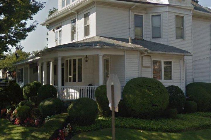 Lloyd Funeral Home