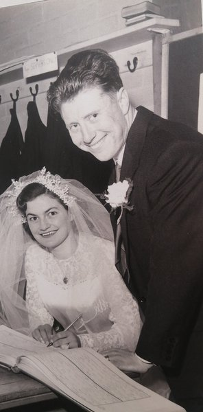 Robin and Rosaline on their wedding day, April 1956 ❤️