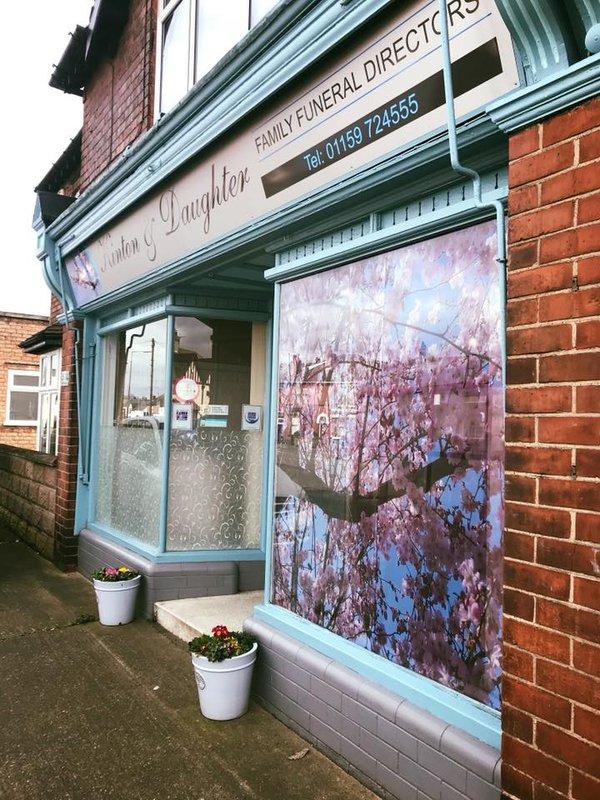 Kinton & Daughter Funeral Services Ltd, Long Eaton, Nottingham, funeral director in Nottingham